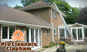 professional-gutter-cleaning-clapham